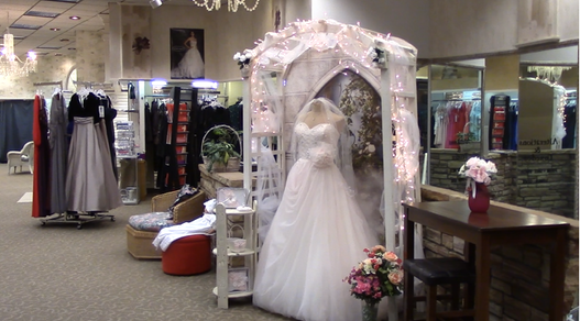 Lund and Taylor Bridal Gallerie - Rhinelander, Wisconsin Bridal Salon